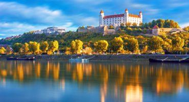 Bratislava grad©Shutterstock