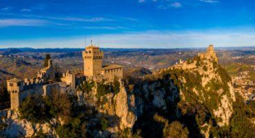 Beautiful,Aerial,Scenic,View,Of,Guaita,Fortress,On,Monte,Titano