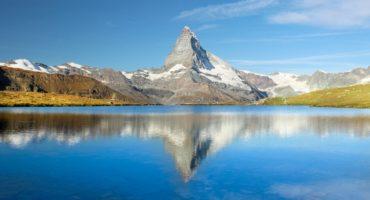 Matterhorn-shutterstock_1742613653
