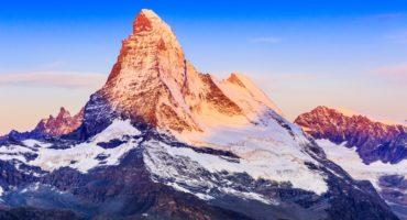 Matterhorn-shutterstock_704449846