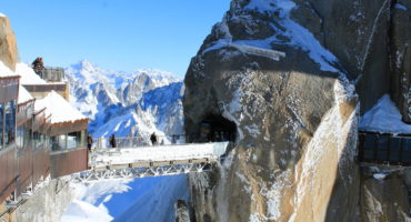 Aiguille-du-Midi-OT-Vallee-de-Chamonix-Mont-Blanc
