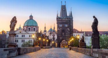 Praga-shutterstock_1707485611