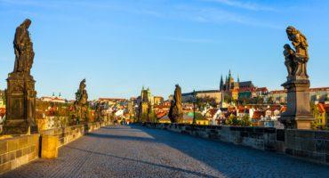 Praga-shutterstock_321989693