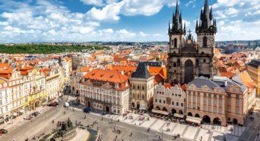 Praga-shutterstock_648833449