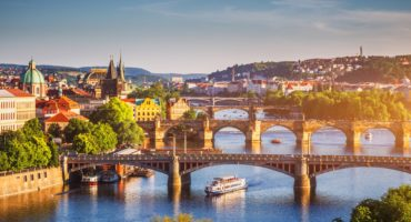 Praga-shutterstock_732188200