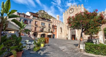 Taormina-shutterstock_128087897