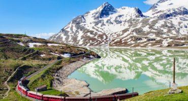 Bernina-Pass-shutterstock_1253941195