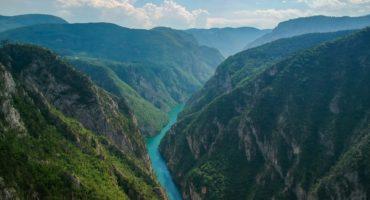 Drina-kanjon-shutterstock_1448794871