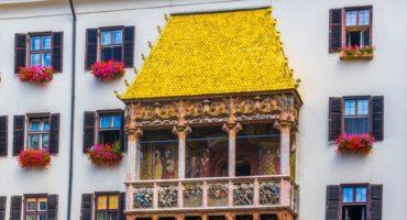 Innsbruck-zlata-strešica©Shutterstock