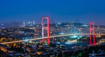 Istanbul-Bospor-most©Shutterstock