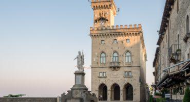Sanmarino-palazzo-publico-shutterstock_330721703