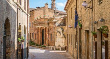 Urbino-ulica-manjša©Shutterstock
