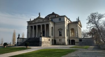 Villa-La-Rotonda-shutterstock_1782287831