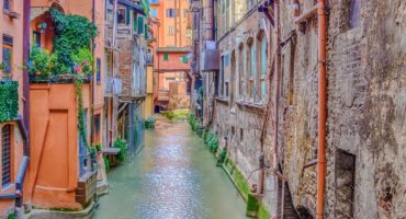 Bologna-shutterstock_545644159