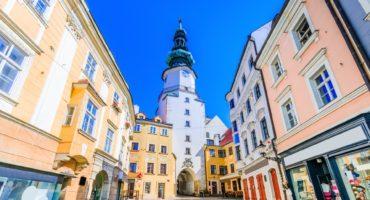 Bratislava-shutterstock_726701725