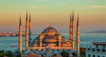 Istanbul-shutterstock_174067919