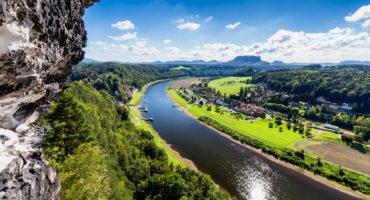 Saška-Elbe-reka-Bastei-shutterstock_561001315