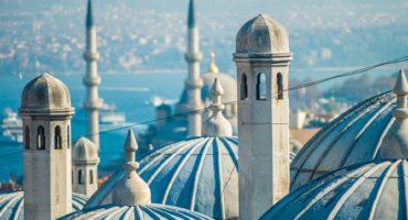 stanbul-Suleymaniye-mosque-shutterstock_172240118